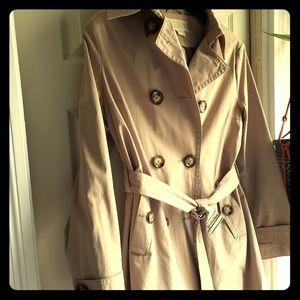 Michael Kors Large Trench coat